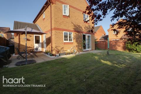 3 bedroom detached house for sale - Buttercup Way, Norwich