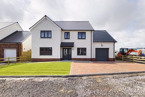 5 bedroom property with land for sale - Ferry Road, Kidwelly