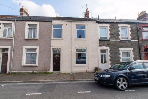 3 bedroom terraced house for sale - Emerald Street, Cardiff