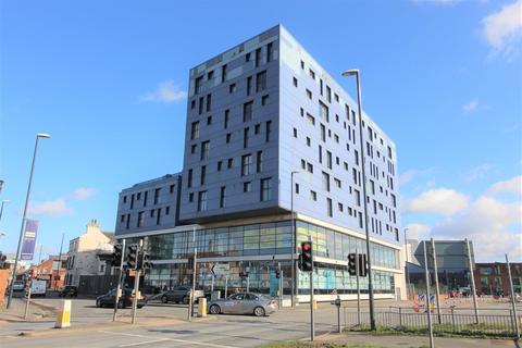 1 bedroom apartment to rent - Indigo Blu, 14 Crown Point Road, Leeds, LS10