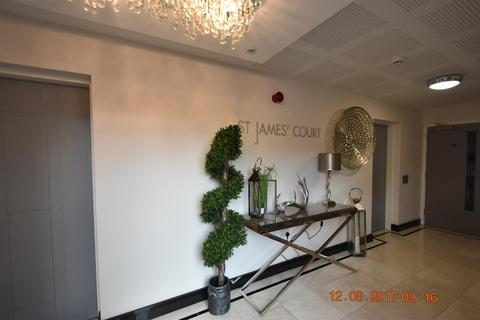 2 bedroom flat to rent - Shirley, Solihull, B90 3BL