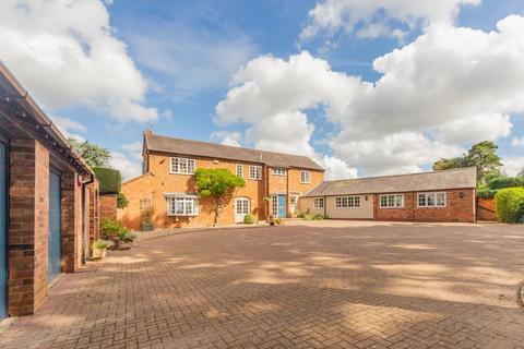 4 bedroom barn conversion for sale - Stoughton Lane, Stoughton, Leicester