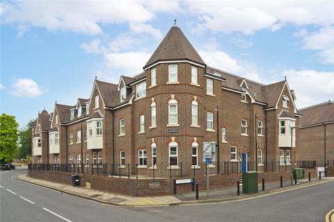 3 bedroom flat to rent - Bentley Place, 57-59 Baker Street, Weybridge, Surrey, KT13