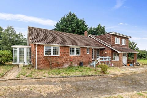 4 bedroom detached bungalow for sale - Blackwall Road North, Willesborough, Ashford TN24