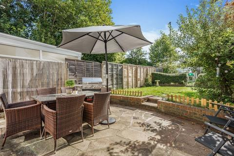 3 bedroom terraced house for sale - Hanover Close, Cheam, Sutton SM3 9SL