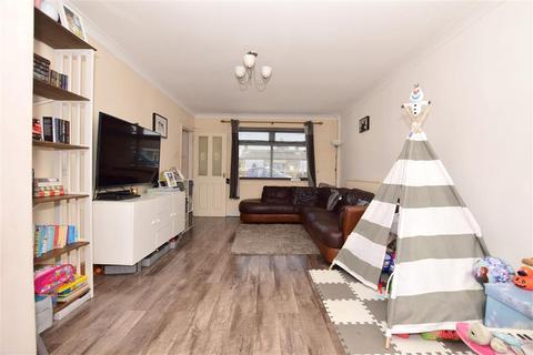 3 bedroom terraced house for sale - Arcon Road, Ashford, Kent