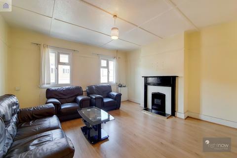 3 bedroom flat to rent - Crayford Road, Bexley