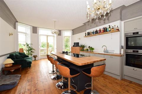 6 bedroom detached house for sale - Graeme Road, Norton, Yarmouth, Isle of Wight