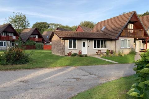 2 bedroom bungalow for sale - 46 Hengar Manor, St. Tudy, Bodmin, Cornwall, PL30 3PL