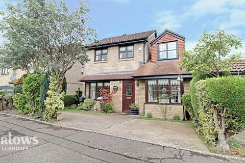 4 bedroom detached house for sale - Herbert March Close, Cardiff