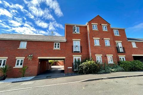 2 bedroom flat for sale - Russell Walk, Exeter, EX2