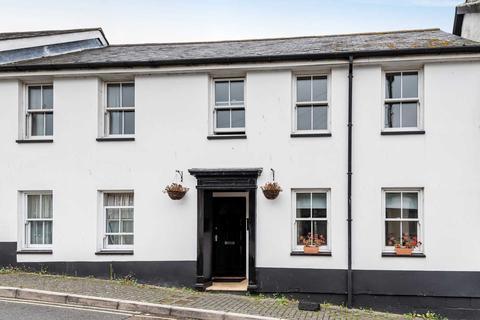 2 bedroom flat for sale - Market Square, Axminster, Devon