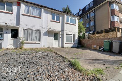 6 bedroom end of terrace house for sale - Stonebridge Park, London