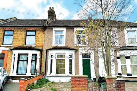 3 bedroom terraced house for sale - 84 Grange Road, Ilford, Essex
