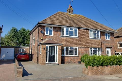4 bedroom semi-detached house for sale - Terringes Avenue, Worthing, West Sussex, BN13