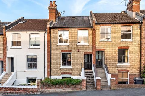 3 bedroom terraced house for sale - Denzil Road, Guildford, GU2