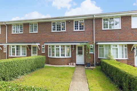 3 bedroom terraced house for sale - Rydens Park, WALTON-ON-THAMES, Surrey
