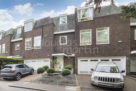 4 bedroom terraced house for sale - Westchester Drive, London NW4