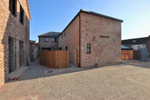 2 bedroom barn conversion for sale - Hayloft Court, Kings Lynn