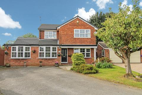 5 bedroom detached house for sale - Riviera Court, Norden, Rochdale