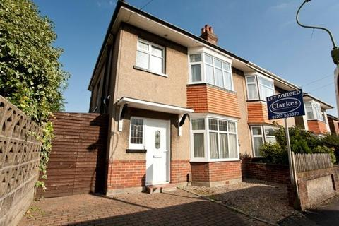 4 bedroom semi-detached house to rent - CENTRAL WINTON Junction Road