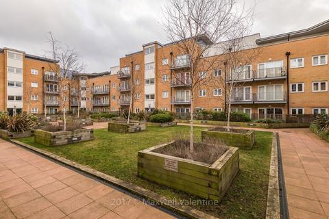 2 bedroom apartment to rent - 21 Peebles Court, Croydon
