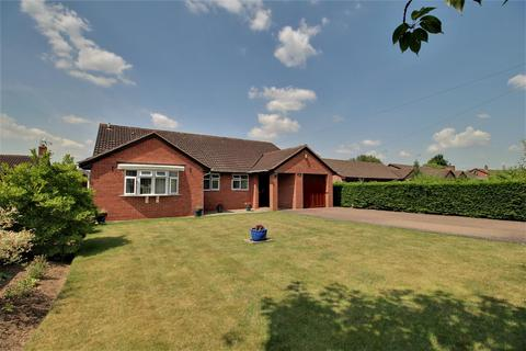 4 bedroom detached bungalow for sale - Ash Lane, Down Hatherley, Gloucester