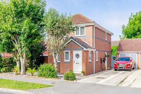 3 bedroom detached house for sale - Woodlands Drive, Barlby, Selby, YO8