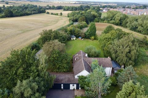 5 bedroom cottage for sale - Brookside Cottage, Tickow Lane, Shepshed