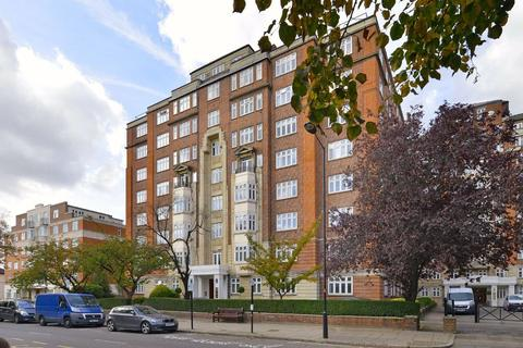 4 bedroom flat for sale - Grove Hall Court, London, NW8