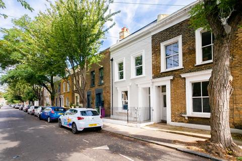 4 bedroom house for sale - Zealand Road, London