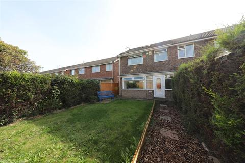 3 bedroom end of terrace house for sale - Newtondale, Hull
