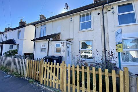 2 bedroom house for sale - Croft Road, Ashford