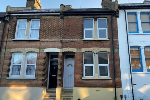 2 bedroom terraced house to rent - Wickham Street, Rochester, ME1