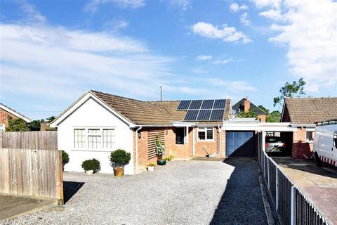 3 bedroom detached bungalow for sale - Barrow Hill Rise, Sellindge, Kent