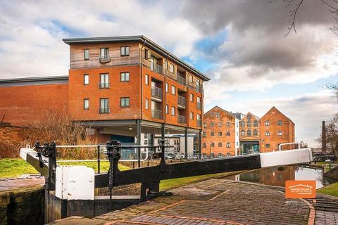 2 bedroom flat to rent - Wolverhampton Street, Birchills, Walsall, WS2