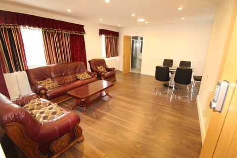 3 bedroom flat to rent - Edgware, HA8