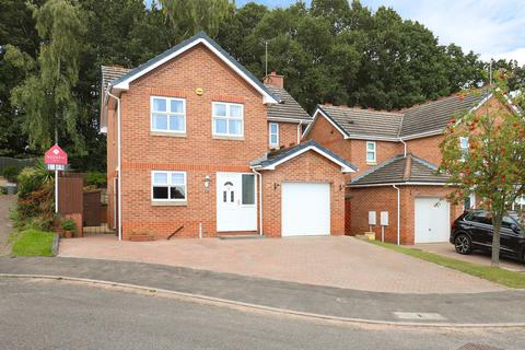 4 bedroom detached house for sale - Aviemore Close, New Whittington, S43