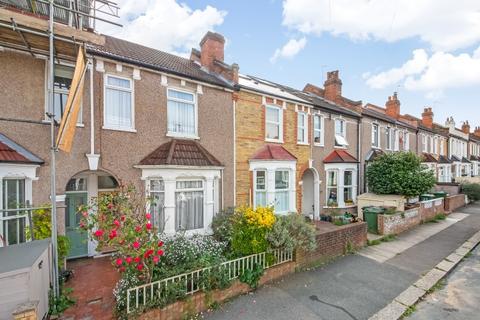 3 bedroom terraced house for sale - Salehurst Road London SE4