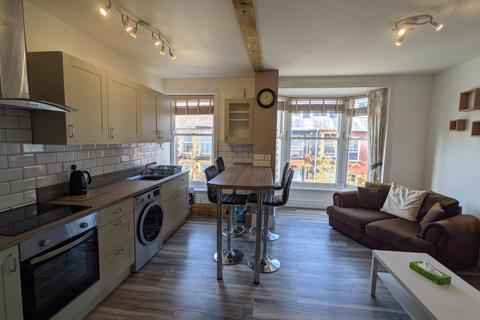 3 bedroom flat to rent - Flat 4, Portland Street, Aberystwyth SY23