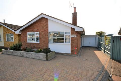 2 bedroom detached bungalow for sale - Taylors Lane, St. Marys Bay