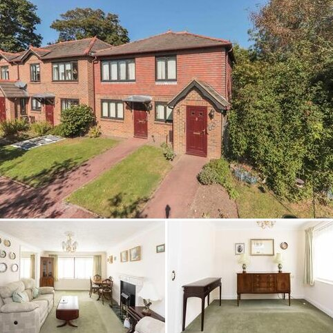 1 bedroom flat for sale - A over 60's retirement flat in central Hawkhurst