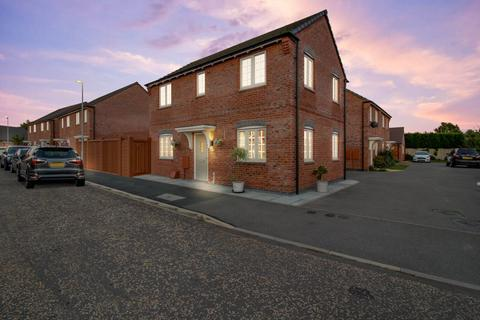 3 bedroom detached house for sale - Coronet Drive, Ibstock LE67 6QG