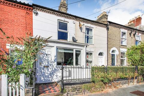 2 bedroom terraced house for sale - Knowsley Road, Norwich