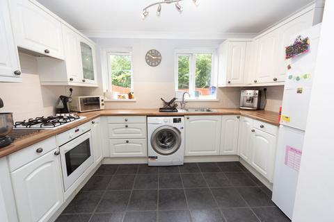 3 bedroom semi-detached house for sale - Oakleafe Drive, Pontprennau, Cardiff