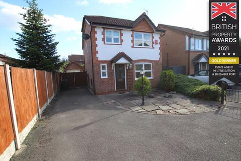 3 bedroom detached house for sale - Birchwood Close, Great Sutton