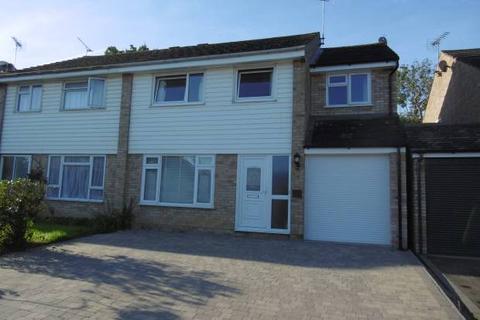 4 bedroom semi-detached house to rent - Stanley Close, Staplehurst, Tonbridge, Kent TN12 0TA