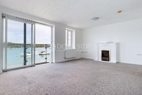 2 bedroom apartment to rent - Goldcrest Drive, Chatham