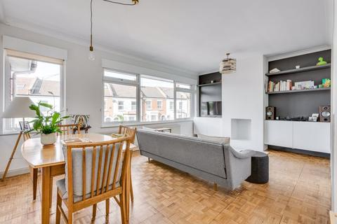 2 bedroom property to rent - Natal Road, Streatham, SW16