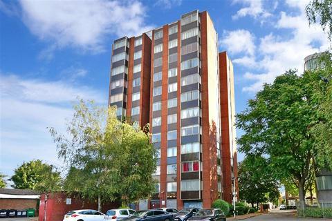 2 bedroom flat for sale - Cross Road, Croydon, Surrey